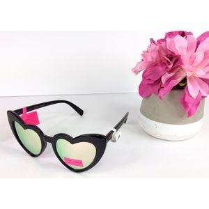 NWT Betsey Johnson Heart Cat Eye Sunglasses